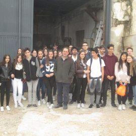 Alumnos del IES Luis García Berlanga visitan el Taller de Iván Larrea